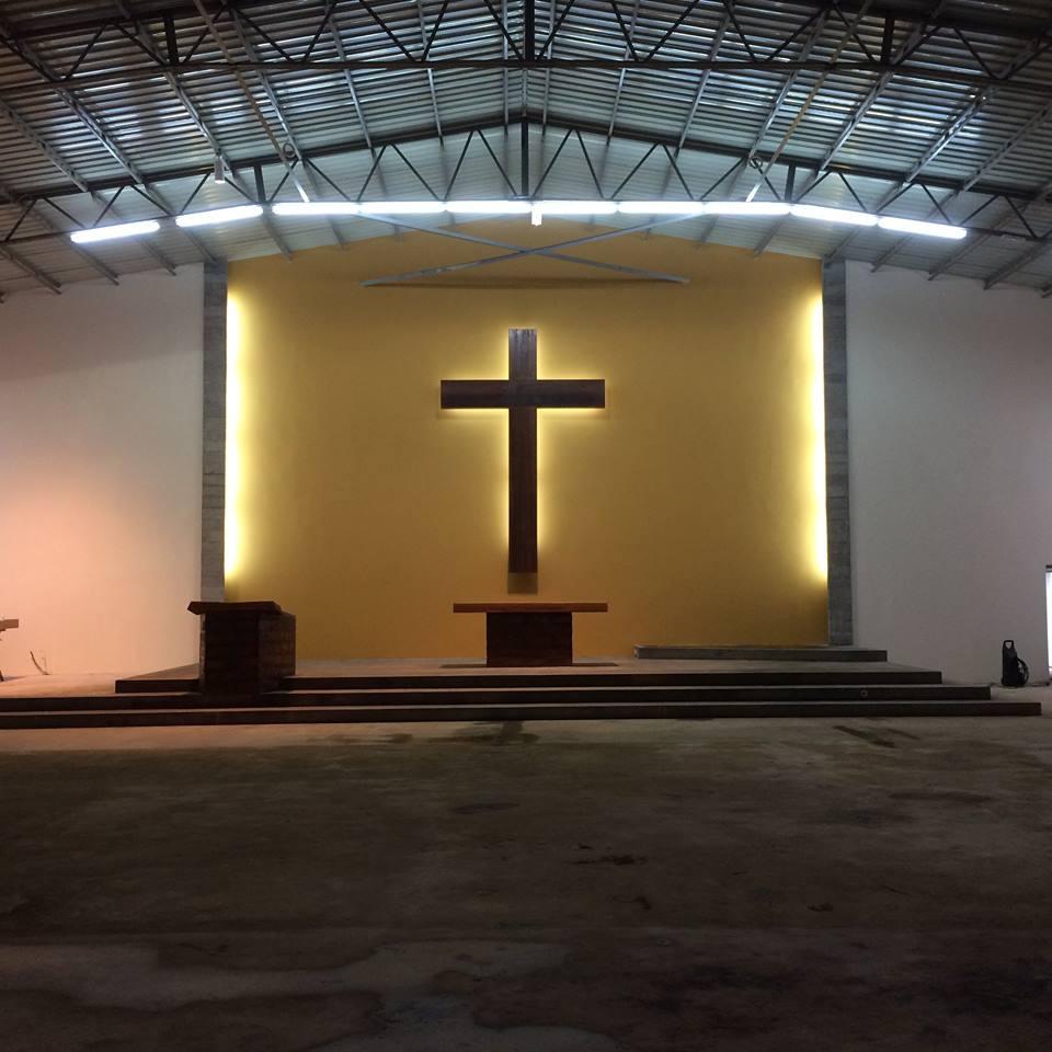 Nuova chiesa parrocchiale di Auige (Angola)