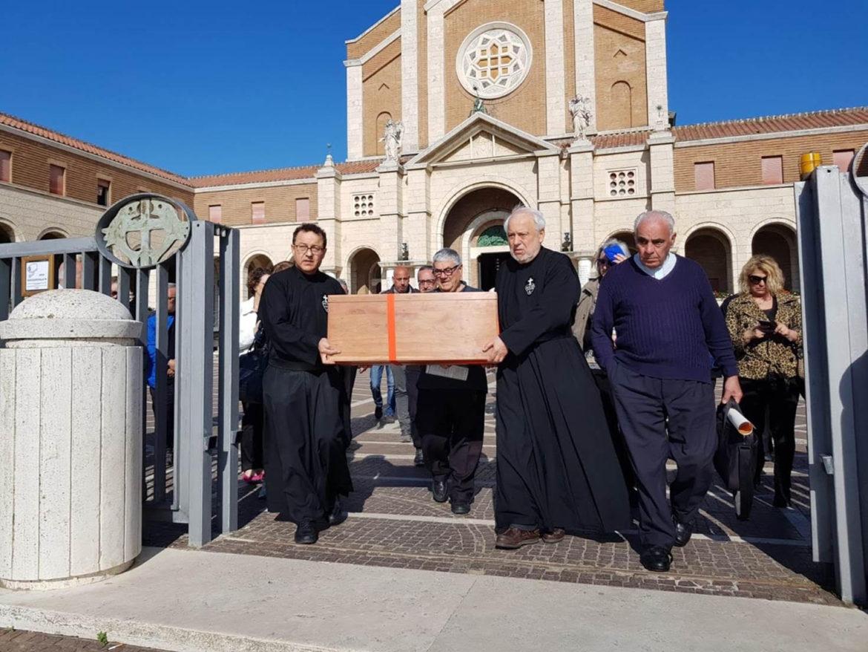 EDVIGE CARBONI: le sue spoglie mortali sono partite per la Sardegna